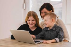 Empowering your Child to Stay Safe Online