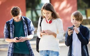 Helping your Child Stay Grounded when using Social Networking Apps