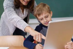Developing Digital Skills: A Key Way for Kids to Stay Safe Online